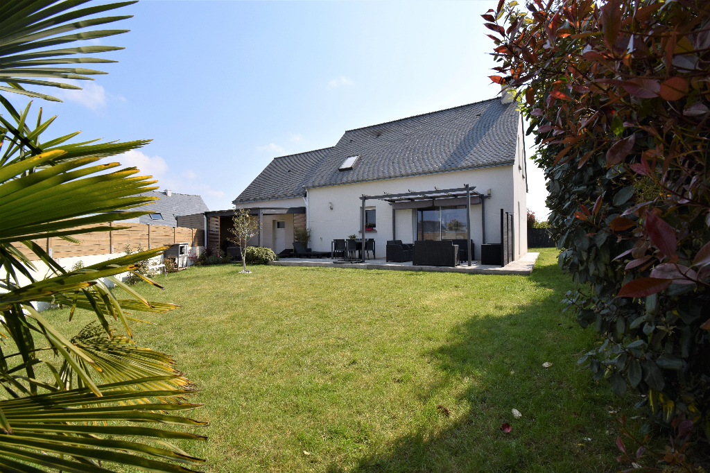 Bourg - Maison évolutive 100.60 m² de 4 chambres